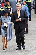 Koning Willem-Alexander en koningin Maxima tijdens Prinsjesdag. De koning zal hier de troonrede voorlezen aan leden van de Eerste en Tweede Kamer.<br /> <br /> King Willem-Alexander and Queen Maxima during Prinsjesdag. The king will read the speech to the members of the First and Second Chamber here.<br /> <br /> Op de foto:  Henk Krol
