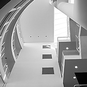 Ulm, Germany, Baden-Württemberg, 2020: Interior view of vertical circulation - Ulm Exhibition and Assembly Building at Münsterplatz. - Richard Meier Architect - Photographs by Alejandro Sala