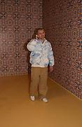 Mr. Ash, In-A Gadda-Da-Vidda, Tate Gallery. 2 March 2004. ONE TIME USE ONLY - DO NOT ARCHIVE  © Copyright Photograph by Dafydd Jones 66 Stockwell Park Rd. London SW9 0DA Tel 020 7733 0108 www.dafjones.com