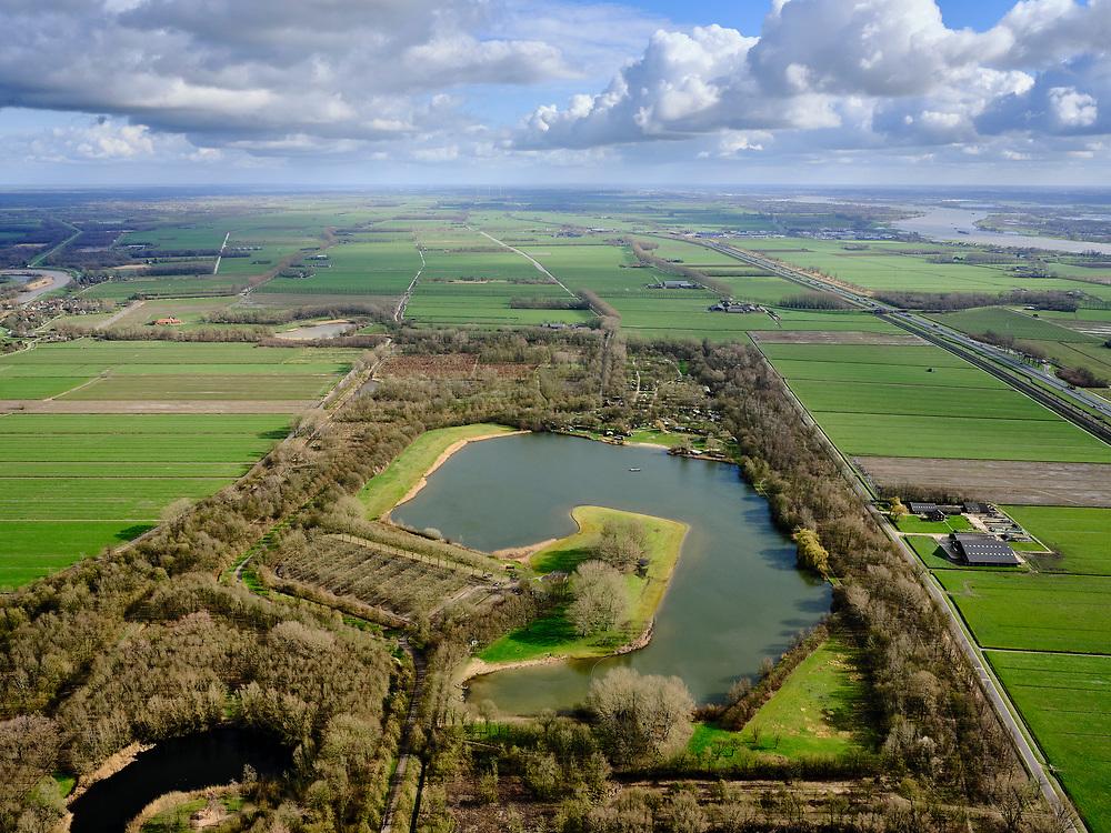 Nederland, Gelderland, Vuren, 25-02-2020; het Lingebos, aangelegd bos en recreatiegebied. Recreatieplas, voormalig zandgat.<br /> Lingebos, landscaped forest and recreation area.<br /> <br /> luchtfoto (toeslag op standard tarieven);<br /> aerial photo (additional fee required)<br /> copyright © 2020 foto/photo Siebe Swart