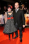 Premiere van de film Sonny Boy op maandag 17 januari in het Circus Theater in Scheveningen.<br /> <br /> Op de foto: Horace Cohen en Sanne Kraaijkamp