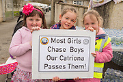 Bohermeen AC 10km & Half Marathon Road Races, 12th March 2016<br /> Meaghan Murtagh together with Molly & Emily O`Brien who were cheering on their Mum Catriona O`Brien<br /> Photo: David Mullen /www.cyberimages.net / 2016