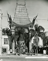 1930 Grauman's Chinese Theatre