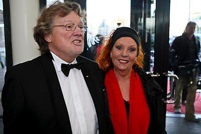 NLD/Zaandam/20081207 - Premiere Op Hoop van Zegen, Carry Tefsen en partner Ger Hinrichs