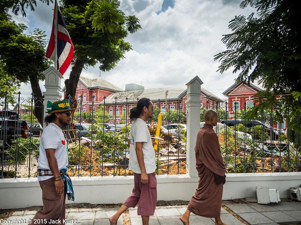 22 JULY 2015 - BANGKOK, THAILAND:     PHOTO BY JACK KURTZ