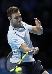 2017?11?12?.    ?????1???——ATP?????????????.       11?12?????????.       ???????????ATP?????????????????????????????2?0?????????.       ????????.(SP) BRITAIN-LONDON-TENNIS-ATP FINALS-FEDERER VS SOCK.(171112) -- LONDON, Nov. 12, 2017  Jack Sock of the United States competes during the singles round robin match against Roger Federer of Switzerland during the Nitto ATP World Tour Finals at O2 Arena in London, Britain on Nov. 12, 2017. Federer won 2-0. (Credit Image: © Han Yan/Xinhua via ZUMA Wire)