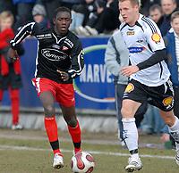 Fotball Tippeligaen treningskamp Rosenborg - Fredrikstad 01.04.07<br /> Ismael Beko Fofana, FFK og Fredrik Stoor, RBK<br /> Foto: Carl-Erik Eriksson, Digitalsport