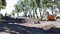 NOORDWIJK - Golfcentrum Noordwijk. Aanleg vernieuwde hole 9  met sproeiers.COPYRIGHT KOEN SUYK
