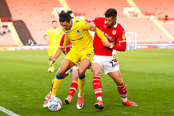 Daniel Leadbitter of Bristol Rovers takes on Daniel Pinillos of Barnsley - Mandatory by-line: Robbie Stephenson/JMP - 27/10/2018 - FOOTBALL - Oakwell Stadium - Barnsley, England - Barnsley v Bristol Rovers - Sky Bet League One