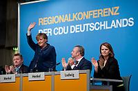 15 OCT 2010, BERLIN/GERMANY:<br /> Hermann Groehe, CDU Generalsekretaer, Angela Merkel, CDU Bundesvorsitzende, Frank Henkel, CDU Landesvorsitzender Berlin, Dr. Saskia Ludwig, CDU, Landesvorsitzende Brandenburg, (v.L.n.R.), Applaus nach Merkels Rede, Regionalkonferenz der CDU fuer die Landesverbaende Berlin und Brandenburg, Palais am Funkturm<br /> IMAGE: 20101015-01-038<br /> KEYWORDS: Hermann Gröhe, klatschen, applaudieren,winkt, winken
