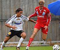 Fotball 2. divisjon 31.07.06 Rosenborg - Levanger 3-1<br /> Michael Kleppe Jamtfall og Morten Ravlo<br /> Foto: Carl-Erik Eriksson, Digitalsport