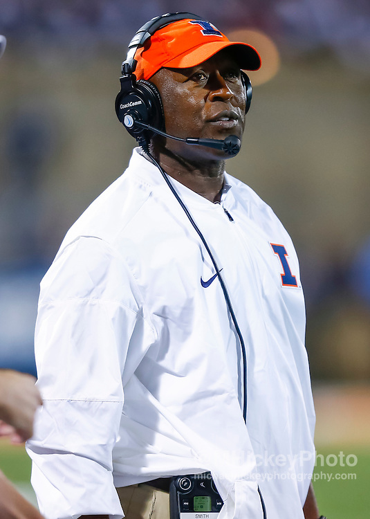 CHAMPAIGN, IL - SEPTEMBER 10: Head coach Lovie Smith of the Illinois Fighting Illini is seen during the game against the North Carolina Tar Heels at Memorial Stadium on September 10, 2016 in Champaign, Illinois. (Photo by Michael Hickey/Getty Images) *** Local Caption *** Lovie Smith