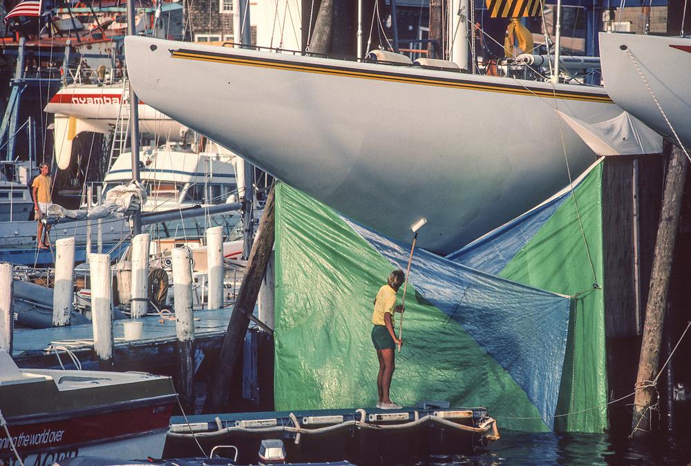 America's Cup 1983 Newport RI USA<br /> Australian yacht with skirt