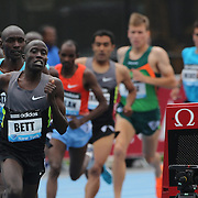 David Kiprotich Bett, Kenya, in action during the Men's 5000m race at  the Diamond League Adidas Grand Prix at Icahn Stadium, Randall's Island, Manhattan, New York, USA. 25th May 2013. Photo Tim Clayton