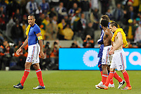 FOOTBALL - FIFA WORLD CUP 2010 - GROUP STAGE - GROUP A - FRANCE v SOUTH AFRICA - 22/06/2010 - PHOTO GUY JEFFROY / DPPI - DISAPPOINTMENT THIERRY HENRY / FRANCK RIBERY (FRA)