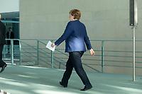 20 MAY 2020, BERLIN/GERMANY:<br /> Angela Merkel, CDU, Budneskanzlerin, nach einem Pressestatement zur vorangegangenen Videokonferenz mit den mit den Vorsitzenden internationaler Wirtschafts- und <br /> Finanzorganisationen, Bundeskanzleramt<br /> IMAGE: 20200520-01-020<br /> KEYWORDS: Pressekonferenz
