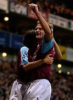 Photo: Daniel Hambury.<br />West Ham Utd v West Bromwich Albion. The Barclays Premiership. 05/11/2005.<br />West Ham's Teddy Sheringham (R) celebrates his goal.