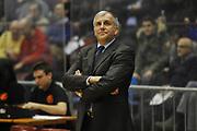 DESCRIZIONE : Milano Eurolega 2011-12 EA7 Emporio Armani Milano Panathinaikos Atene<br /> GIOCATORE : Zeljko Obradovic<br /> CATEGORIA : Allenatore<br /> SQUADRA : Panathinaikos Atene<br /> EVENTO : Eurolega 2011-12<br /> GARA : EA7 Emporio Armani Milano Panathinaikos Atene<br /> DATA : 19/01/2012<br /> SPORT : Pallacanestro<br /> AUTORE : Agenzia Ciamillo-Castoria/L.Lussoso<br /> Galleria : Eurolega 2011-12<br /> Fotonotizia : Milano Eurolega 2011-12 EA7 Emporio Armani Milano Panathinaikos Atene <br /> Predefinita :