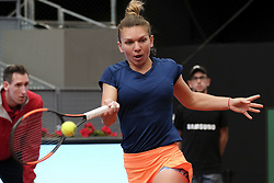 May 11, 2017 - Madrid, Spain - Simona Halep of Romania  against Coco Vandeweghe of USA  during day six of the Mutua Madrid Open tennis at La Caja Magica on May 11, 2017 in Madrid, Spain. (Credit Image: © Oscar Gonzalez/NurPhoto via ZUMA Press)