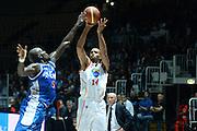 DESCRIZIONE : Bologna campionato serie A 2013/14 Acea Virtus Roma Enel Brindisi <br /> GIOCATORE : Quinton Hosley<br /> CATEGORIA : tiro three points<br /> SQUADRA : Acea Virtus Roma<br /> EVENTO : Campionato serie A 2013/14<br /> GARA : Acea Virtus Roma Enel Brindisi<br /> DATA : 20/10/2013<br /> SPORT : Pallacanestro <br /> AUTORE : Agenzia Ciamillo-Castoria/GiulioCiamillo<br /> Galleria : Lega Basket A 2013-2014  <br /> Fotonotizia : Bologna campionato serie A 2013/14 Acea Virtus Roma Enel Brindisi  <br /> Predefinita :