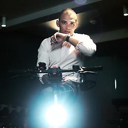 Mohamed Riad, judoka devenu president de MMSport, prenant la pose dans l'une de ses salles tout en repondant au telephone. Paris, France. 3 mars 2021.