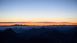 THEMENBILD - Großglockner im Sommer. das Bild wurde am 12. August 2012 aufgenommen. im Bild Zahllose Gipfel kurz vor Sonnenaufgang // THEME IMAGE FEATURE - Großglockner at Summer. The image was taken on august, 12, 2012. Picture shows countless mountain peaks at sunrise, AUT, EXPA Pictures © 2012, PhotoCredit: EXPA/ M. Gruber
