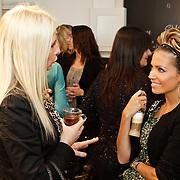 NLD/Amsterdam/20101011 - Presentatie By Danie Styleguide magazine, Sylvie van der Vaart in gesprek met journaliste Annette de Vries