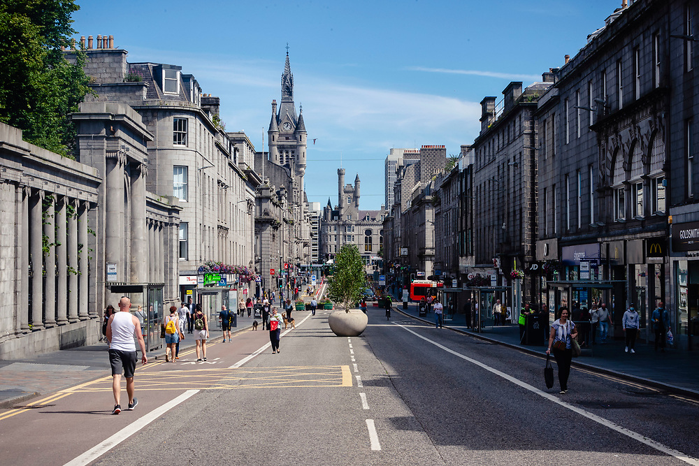 ABERDEEN, SCOTLAND, AUGUST 6 2020: Aberdeen is back in lockdown after a rise in Covid-cases. <br /> <br /> Pictured: Aberdeen city Centre<br /> <br /> <br /> (Photo: Ross Johnston/Newsline Media)