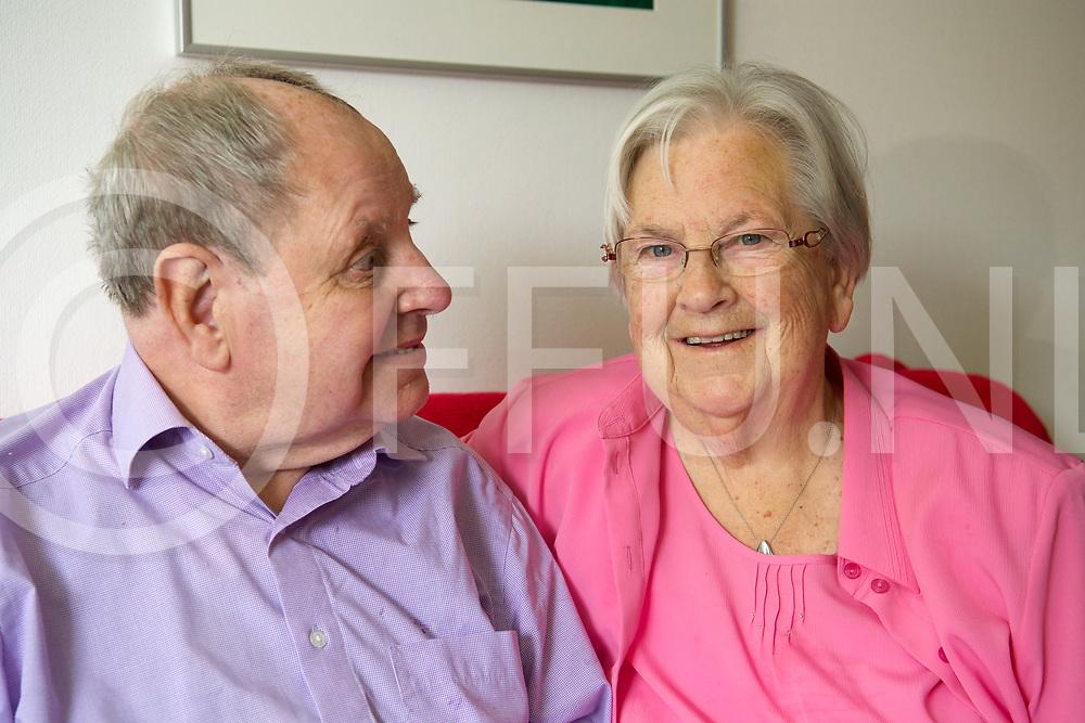 DALFSEN - 60 jaar gehuwd echtpaaer Penne-Vries<br /> Foto: <br /> FFU Press Agency copyright Frank Uijlenbroek