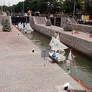 NLD/Muiden/20050702 - Opening gerenoveerde zeesluis Muiden