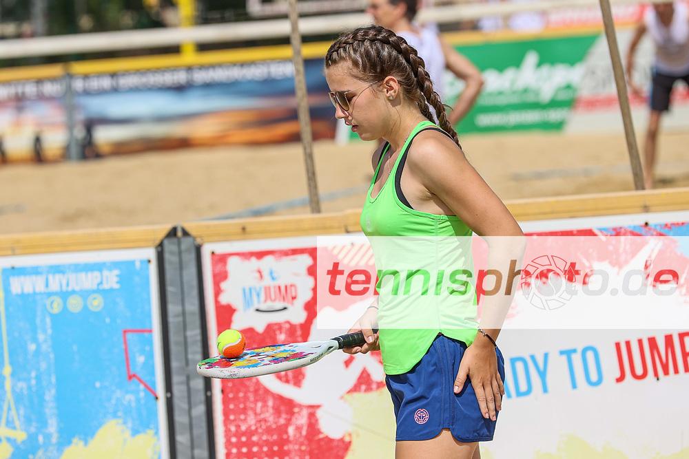 Janina Ahrens, Deutsche Team-Meisterschaften (DTM) Beach-Tennis 2020, Berlin, Beach-Mitte, 18.07.2020, Foto: Claudio Gärtner