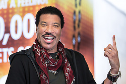 © Licensed to London News Pictures . 28/06/2016. Manchester , UK . LIONEL RICHIE backstage at the Manchester Arena . Photo credit: Joel Goodman/LNP