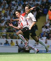 Ji-Sung Park (PSV) Tottenham Hotspur v PSV Eindhoven. 3/8/2003. Pre Season friendly match. Credit : Colorsport/Andrew Cowie.
