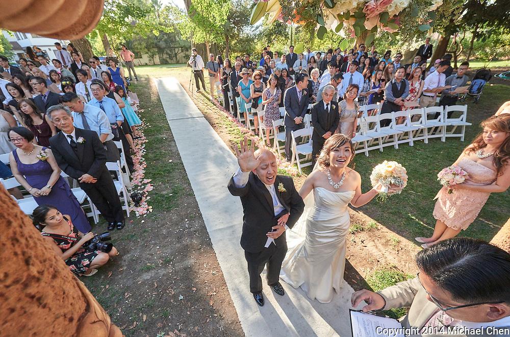2014/10/05 -- Heather & Steve Wedding -- Palmdale Estates in Fremont, Calif., on Oct. 5, 2014.<br /> <br /> Photo by Michael Chen & Scott Roeder