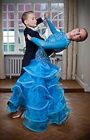 Rebecka Komet och Felix Forsberg, tävlingsdansare från Helsingborg.