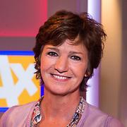 NLD/Hilversum/20130826 - najaarspresentatie 2013 omroep Max, Martine van Os