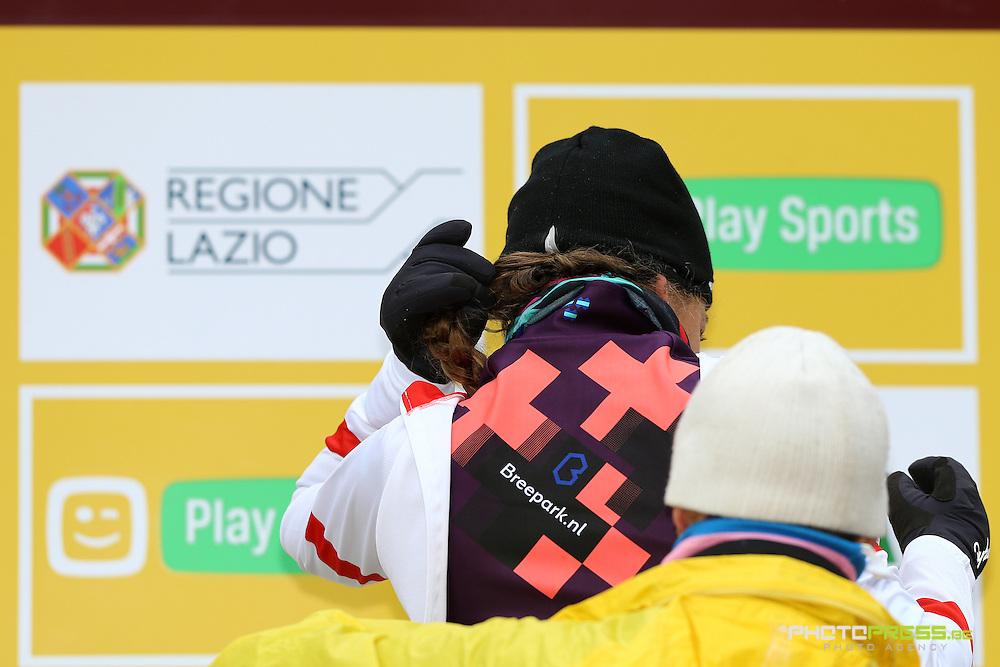ITALY / ITALIE / FIUGGI / REGIO LAZIO / CYCLING / CYCLOCROSS / VELDRIJDEN / RADQUER / WORLD CUP #7 / WERELDBEKER #7 / COUPE DU MONDE #7 / 8TH MEMORIAL ROMANO SCOTTI / PODIUM / PODIUMCEREMONIE / DE BOER SOPHIE (NED) /