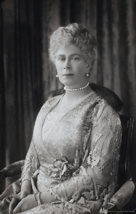 Royal Family: Queen Mary, Queen consort of King George V, England, UK, 1922