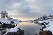 Winterlandscape in Norway, nearby Fosnavåg   Vinterlandskap i Frøystadvåg.