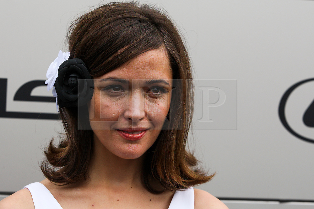 © Licensed to London News Pictures. 06/11/2012. Australian actor  Rose Byrne  during the Emirates Melbourne Cup at the Flemington Racecourse, Melbourne. Photo credit : Asanka Brendon Ratnayake/LNP