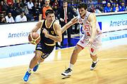 DESCRIZIONE : Desio Lega A 2012-13 EA7Emporio Armani Milano  Sutor Montegranaro<br /> GIOCATORE : Cinciarini Daniele<br /> CATEGORIA : Palleggio<br /> SQUADRA : Sutor Montegranaro<br /> EVENTO : Campionato Lega A 2013-2014<br /> GARA : EA7Emporio Armani Milano Sutor Montegranaro  <br /> DATA : 08/12/2013<br /> SPORT : Pallacanestro <br /> AUTORE : Agenzia Ciamillo-Castoria/I.Mancini<br /> Galleria : Lega Basket A 2013-2014  <br /> Fotonotizia : Desio Lega A 2013-2014 EA7Emporio Armani  Milano Sutor Motegranaro<br /> Predefinita :