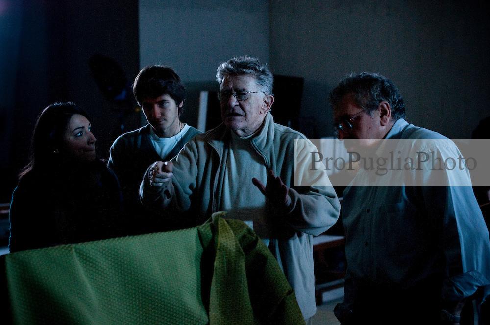 IL VILLAGGIO DI CARTONE.REGIA ERMANNO OLMI.BARI 12 NOVEMBRE 2010