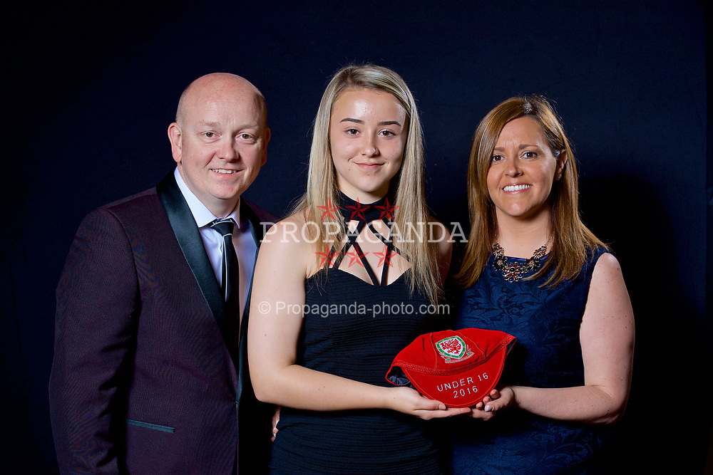 NEWPORT, WALES - Saturday, May 27, 2017: Elena Scrivens and family with her Under-16 Wales cap at the Celtic Manor Resort. (Pic by David Rawcliffe/Propaganda)