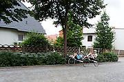 De fietsers Rik Houwers (li) en Christien Veelenturf tijdens een training. Het Human Power Team Delft en Amsterdam (HPT), dat bestaat uit studenten van de TU Delft en de VU Amsterdam, is in Senftenberg voor een poging het uurrecord te verbreken op de Dekrabaan met de VeloX4. In september wil het HPT daarna een poging doen het wereldrecord snelfietsen te verbreken, dat nu op 133 km/h staat tijdens de World Human Powered Speed Challenge.<br /> <br /> The Human Power Team Delft and Amsterdam, consisting of students of the TU Delft and the VU Amsterdam, is in Senftenberg (Germany) for the attempt to set a new hour record on a bicycle with the special recumbent bike VeloX4. They also wants to set a new world record cycling in September at the World Human Powered Speed Challenge. The current speed record is 133 km/h.