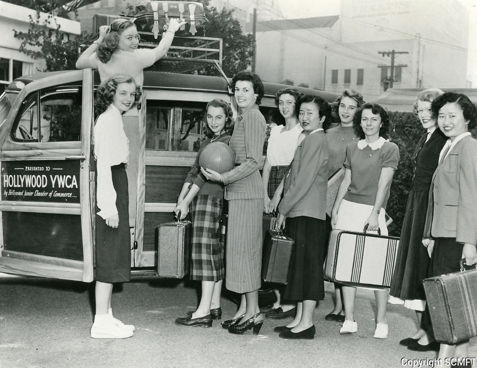 1950 The Hollywood YWCA basketball team travelling to a game
