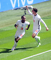 Football - 2021 EUFA European Championships - Finals - Group D - England vs Croatia, Wembley Stadium<br /> <br /> Raheem Sterling of England celebrates scoring his goal with Mason Mount<br /> <br /> Credit : COLORSPORT/Andrew Cowie