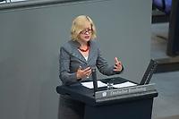 16 MAY 2013, BERLIN/GERMANY:<br /> Dr. Barbara Hoell, MdB, Die Linke, haelt eine Rede, Debatte zur Finanzmarktregulierung, Sitzung, Plenum, Deutscher Bundestag<br /> IMAGE: 20130516-01-163<br /> KEYWORDS: Barabara Höll