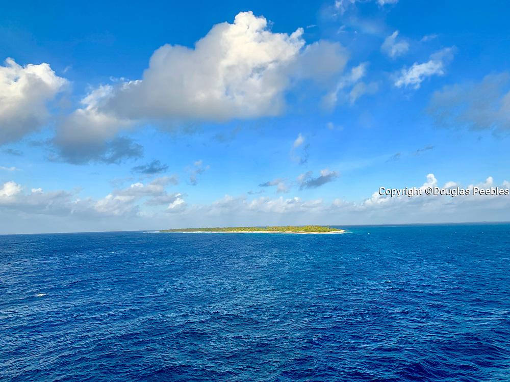 Atoll, Fakarava, Tuamotu Islands, French Polynesia, South Pacific