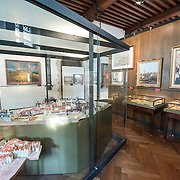 Model and paintaings on display at the Museum of the City of Brussels. The museum is dedicated to the history and folklore of the town of Brussels, its development from its beginnings to today, which it presents through paintings, sculptures, tapistries, engravings, photos and models.