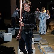 NLD/Amsterdam/20120209 - Bn' ers gefotografeerd als de Nachtwacht voor het Goed Geld Gala 2012, Giovanca Ostiana